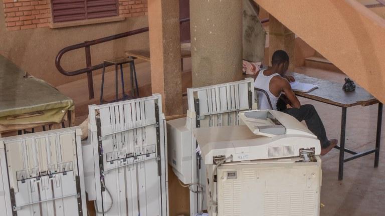 Université de Ouagadougou_ Période de révision aux examens